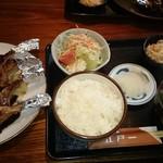 にっぽんの洋食 江戸一 - 2017/03/27 11:25訪問 ラムチョップ バルサソース