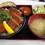 66560231 - ソースかつ丼 ロース 1100円