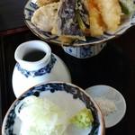 蕎麦・酒 青海波 -