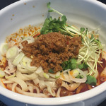 辣醤中華 味くら - 2017年5月。麻辣麺(単品900円)。うどんのような超太麺です。