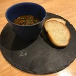 スパイスバル コザブロ - 牛筋の煮込みマッシュポテト添え(S)
