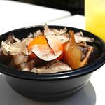 十番右京 - トリュフすき焼きご飯&シークァーサーソーダ