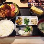 66572640 - ・メンチカツと唐揚定食♪