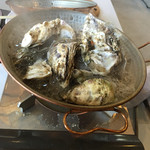 JF寿都町漁業協同組合直売所 - 料理写真:牡蠣蒸し