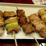 串焼酒処 神田屋 - 五本セット(ねぎま、鮪串(ねぎま)、かしら、ネック、つくね)
