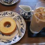 やまさき珈琲店 - カフェオレ(ケーキセット)