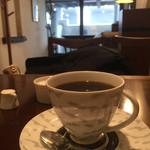 カフェ・ラ・バスティーユ - コーヒーを飲むひととき。