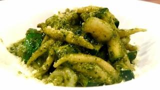 アンティコ ジェノベーゼ - バジリコのジェノバペーストと小エビ、緑野菜のトローフィエ