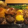 東京ミートレア GOLD RU$H - 料理写真:30周年記念メニュー 1ポンド渋谷ドームハンバーグ