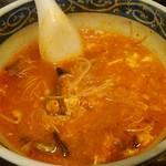 清香園 - 辛々温麺。辛味が絶妙。食べ途中でスミマセン。