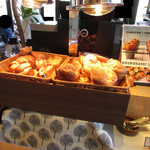 カフェ&レストラン グリーンテーブル - ポップオーバー