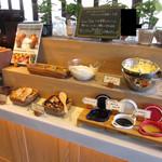 カフェ&レストラン グリーンテーブル - ポップオーバートッピング