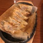 俺んちの旨い料理 元気もん - 牛タン餃子