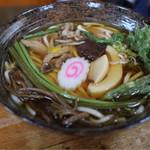 あさひ屋 - 料理写真:山菜うどん 850円