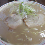 恵比須 - 料理写真:あのラーメン650円。