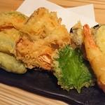 京都酒場赤まる - 天ぷら盛合せ