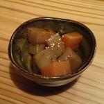京都酒場赤まる - ピリ辛コンニャク
