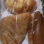 デイリーヤマザキ - チーズ塩パンとハムチーズとフィッシュタルタル