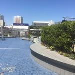 ミートソース本部 - 池袋西武の屋上「食と緑の空中庭園」