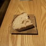 sio - ルヴァン種のパン