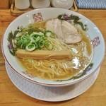 金久右衛門 - 金醤油ラーメン(細麺)670円