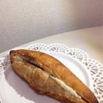 クロスロード ベーカリー - 餡バターフランス♡