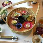 TENZO - 花かご和膳