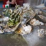 三陸山田 かき小屋 - 「三陸山田の牡蠣」