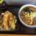 66612765 - 天丼セット(790円)