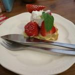 ミナツキ - 料理写真:苺タルト