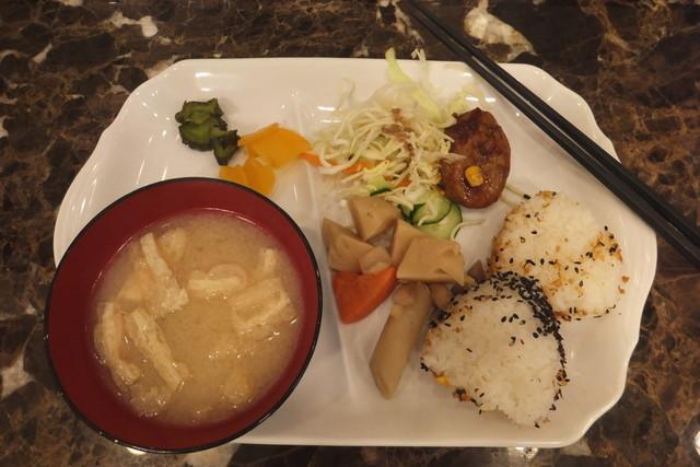「東横イン大阪なんば日本橋 朝食」の画像検索結果