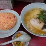 みん亭 - ラーチャン 850円 + ラーメン普通盛り変更 100円