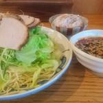 広島風つけ麺 辛唐屋 - 料理写真: