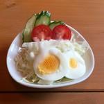 カフェイッポ - ピラフセットのサラダです。