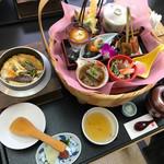 鳴門の鯛と湯葉・豆富 木の花 -