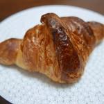 boulangerie montagne - クロワッサン(130円)