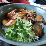 舫 - 料理写真:あぶりチャーシュー丼