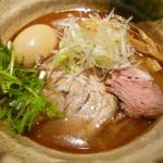焼きあご塩らー麺 たかはし - 焼きあご塩らー麺+味玉