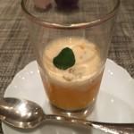 モノリス - オレンジとアングレーズソース