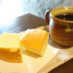 66636516 - 山田牧場のバームクーヘンとコーヒー