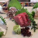 海鮮厨房 海月 - 料理写真:刺身5点盛り  2500円