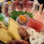 魚啓 - 日替わり丼
