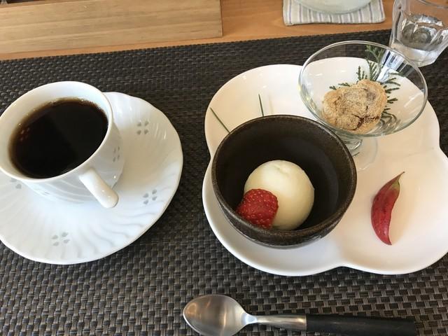 Cafe クローバー - 定食のデザート