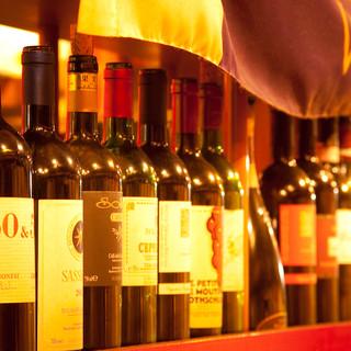 厳選したイタリアワインのみで
