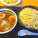 大勝軒〇秀 - 特製つけ麺 980円 大盛り無料