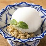 プー キッチン - ココナッツアイス