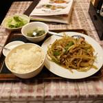 66658055 - 豚肉とタマネギの炒め物定食750円也。