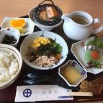 桜華亭 - 鶏飯御膳