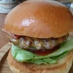 ハロー ハンバーガー - ベーコンチーズバーガー。