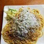 五線紙 - たくあんとしらすのスパゲティ